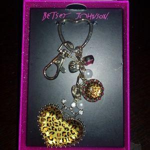 Betsey Johnson Leopard heart Keychain (new in box)